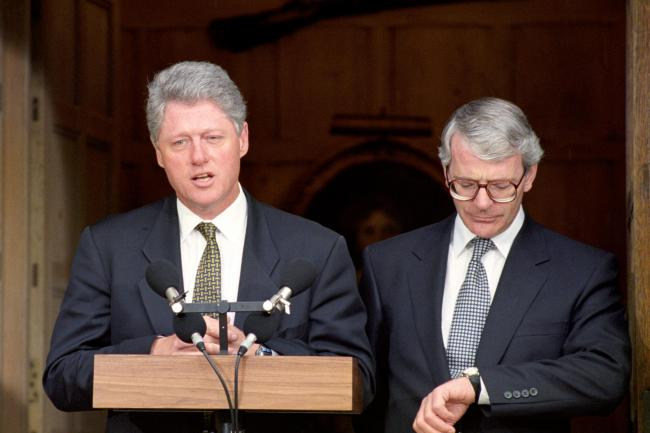 Bill Clinton with John Major at Chequers