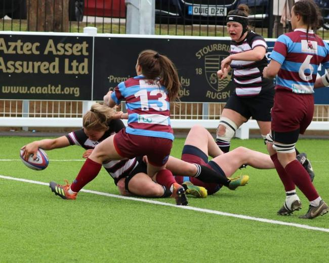 Being pushed to the limit - Thurrock T-Birds' Sally Tuson stretches for the try-line