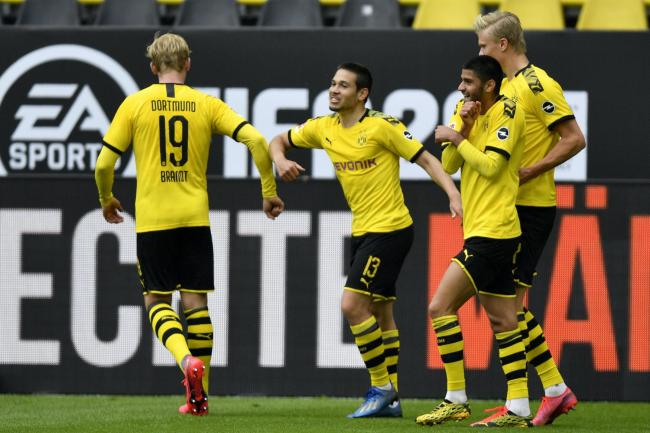 Borussia Dortmund will look to keep the pressure up on Bayern Munich this weekend