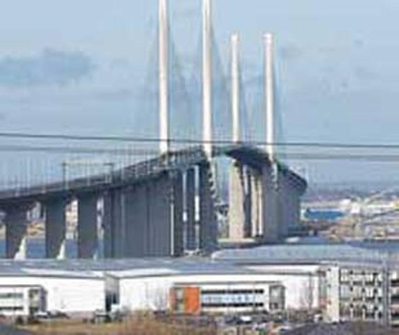 Hundreds vote in Dartford Crossing poll