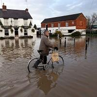 Thurrock Gazette: Flood defences are to get another 120 million pounds of funding