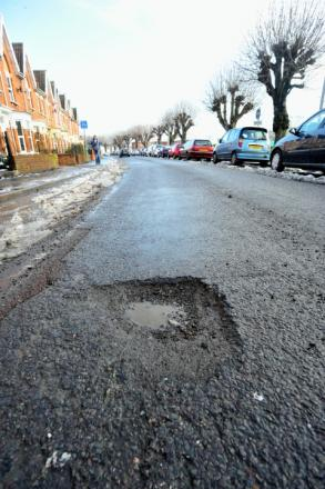 Thurrock to receive an extra £250,000 to fill pot holes