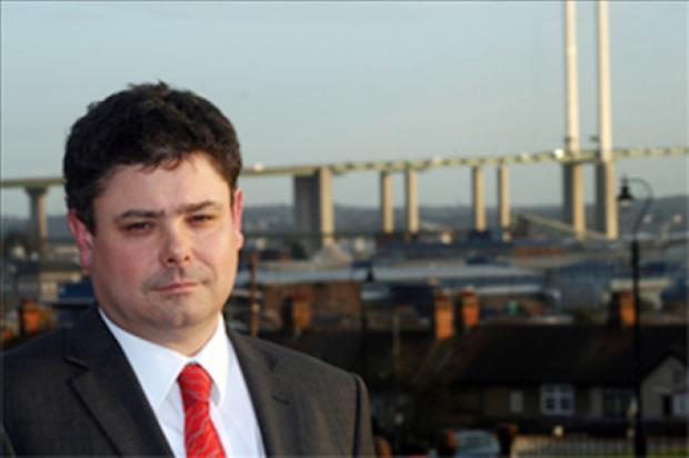 Thurrock leader slams decision failure in crossing announcement