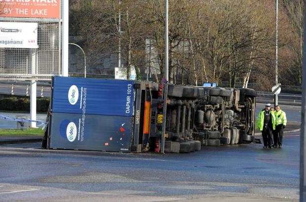 Lorry overturned at Lakeside