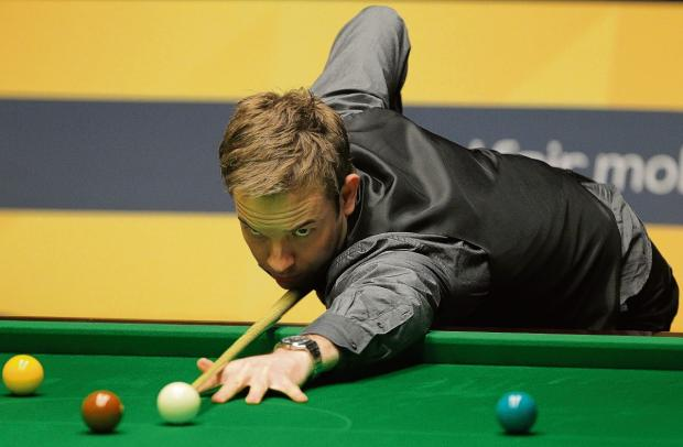 Ali Carter - fighting cancer again