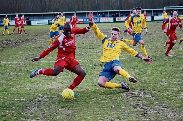 Thurrock Gazette: Francis Babalola goes close for Tilbury. Picture by MERCER