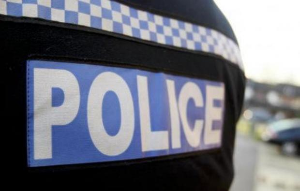 Police hunt car thieves in South Ockendon