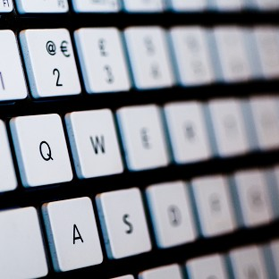 Internet users have been urged not to panic over changing passwords, despite the seriousness of the Heartbleed bug