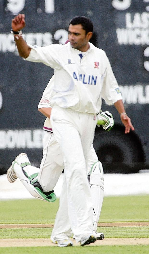 Thurrock Gazette: Danish Kaneria playing for Essex