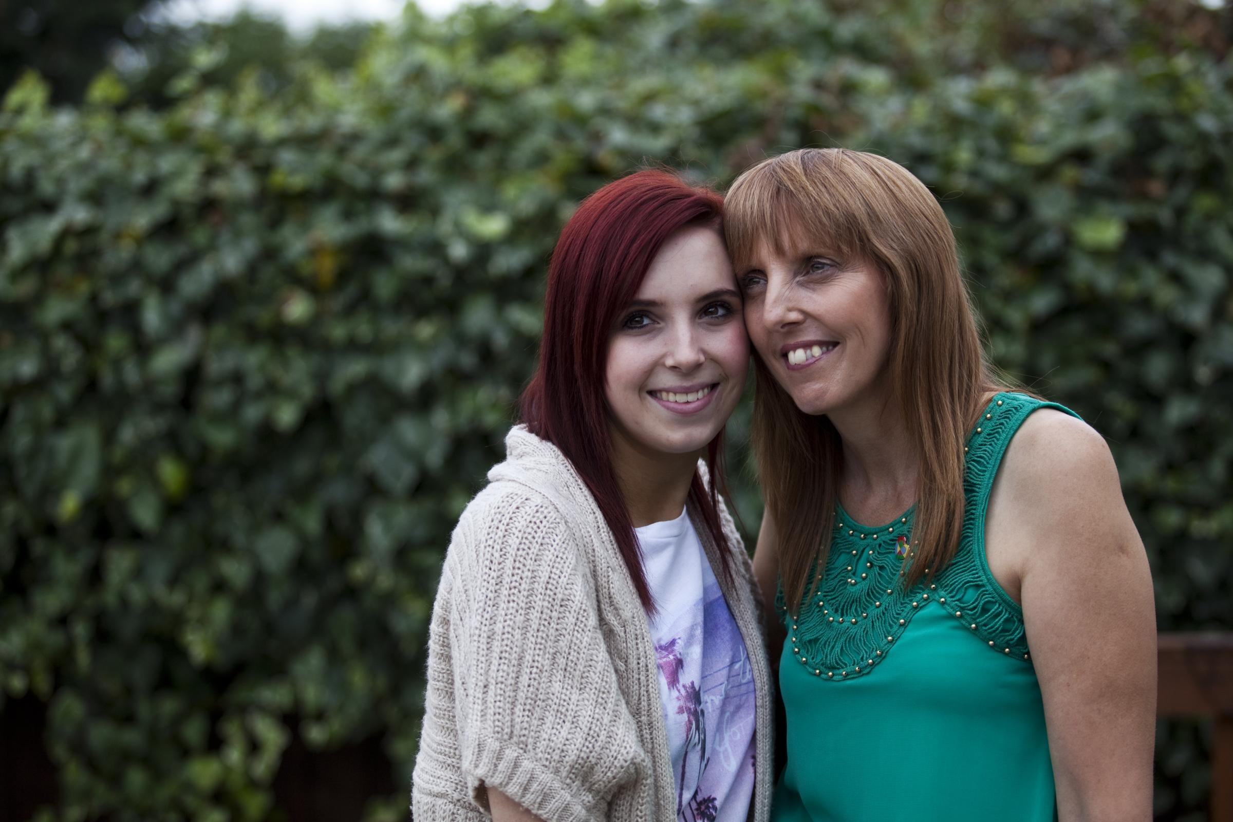Teen's radio honour after caring for mum