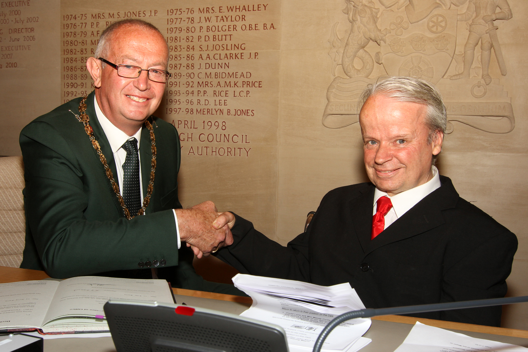 Steve Liddiard, left, Thurrock's new mayor with outgoing mayor Tony Fish