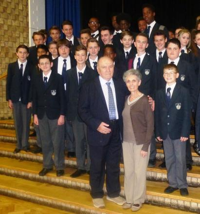 Holocaust survivor visits Stanford secondary school