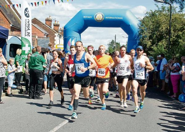 EIGHT Thurrock Harriers were among the 350 finishers in the annual 10K road race